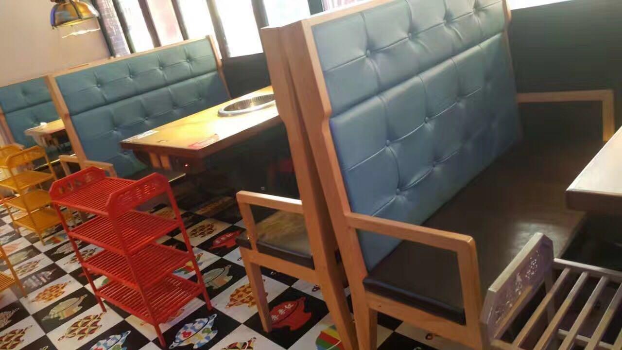 季季红.火锅桌椅